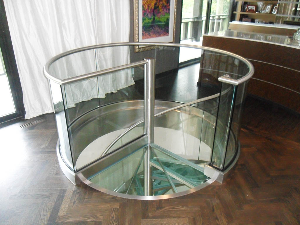 Stainless Steel And Glass Spiral Stair In Residence 9