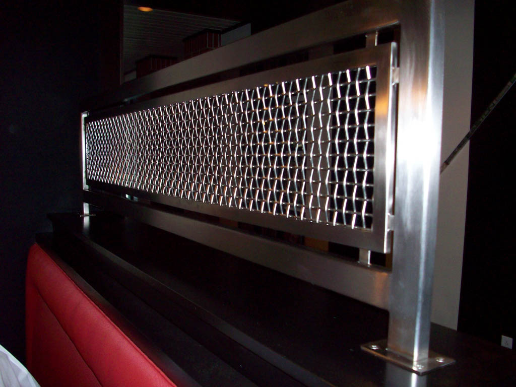 Stainless steel wire mesh divider panels at Lesters in Ladue ...