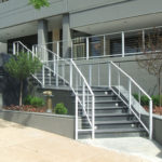 White painted aluminum railing with stainless steel cable infill 2